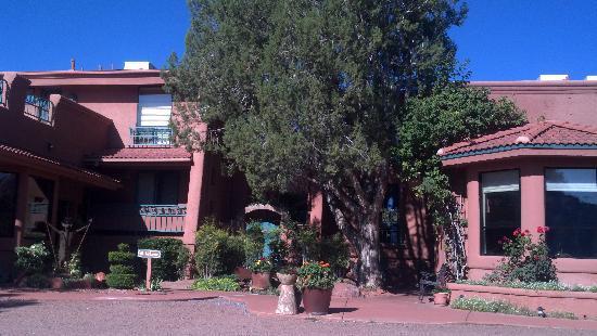 Casa Sedona Inn: Front of inn