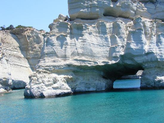 En Milo: Around the island boat trip