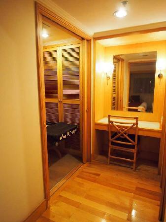 แกรนด์ พาร์ค อู๋ซี: Masters Bedroom