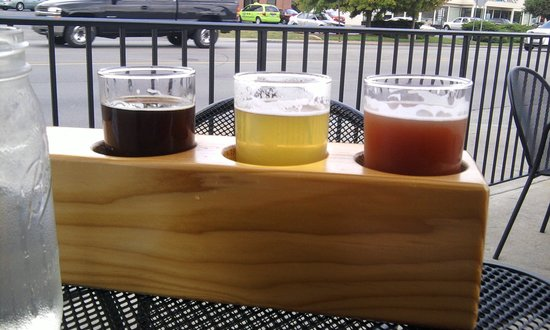 Thr3e Wise Men Brewing Company: The beer sampler