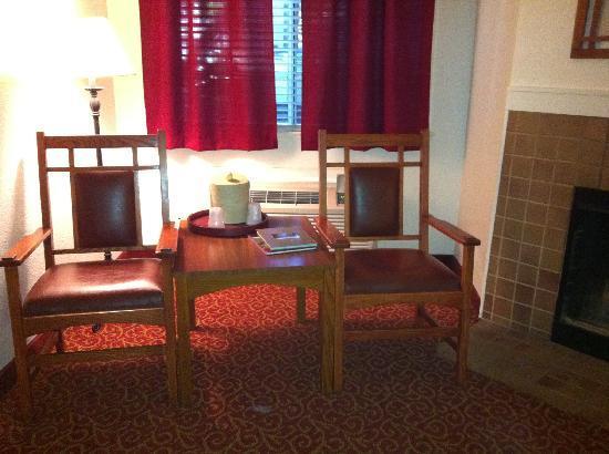 Best Western Sonoma Valley Inn & Krug Event Center: Sitting Area