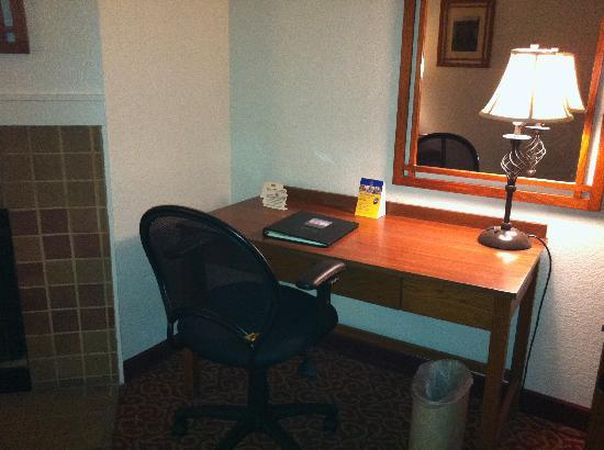 BEST WESTERN Sonoma Valley Inn & Krug Event Center: Desk Area