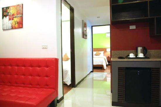 Guijo Suites Makati: 2-bedroom suite