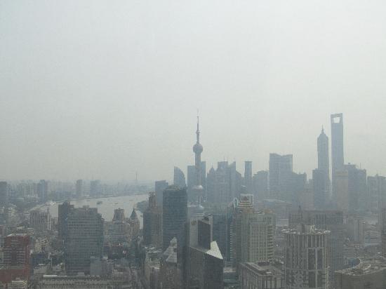 โรงแรมเลอ รอยัล เมอริเดียน เซี่ยงไฮ้: View from Lounge