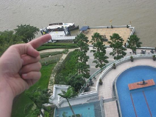 โรงแรม ชาเทรียม ริเวอร์ไซค์ กรุงเทพฯ: Location of Chatrium boat
