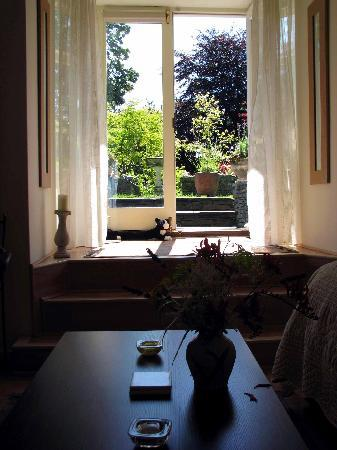 Annesdale House: Outside the Elleray, from the couch inside