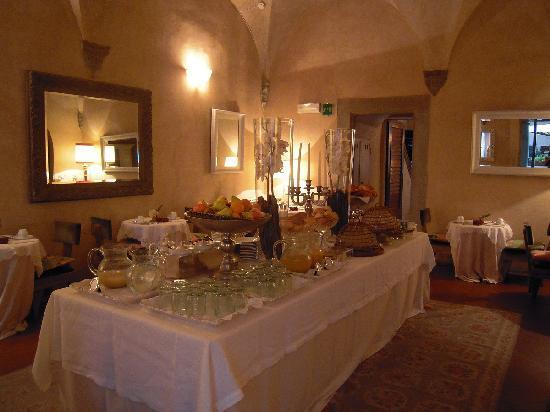 J & J Historic House Hotel: Restaurant