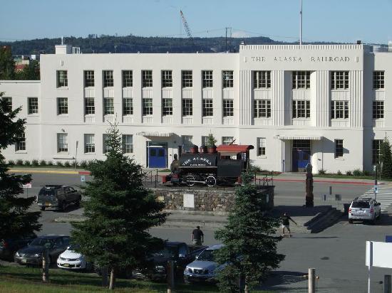 Anchorage Grand Hotel: アラスカ・レイルロード アンカレッジ駅
