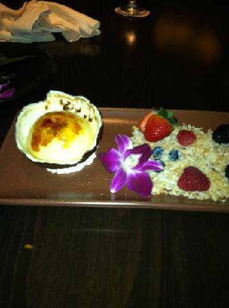 Japengo: best coconut cream brûlée