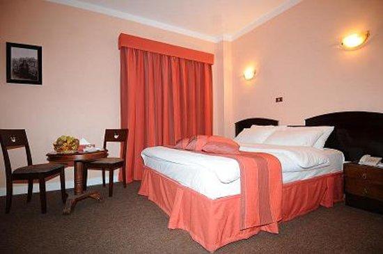 Hidab Hotel: room