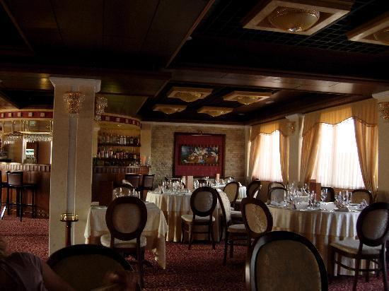 Hotel Gligorov: uno scorcio della sala ristorante molto caratteristica