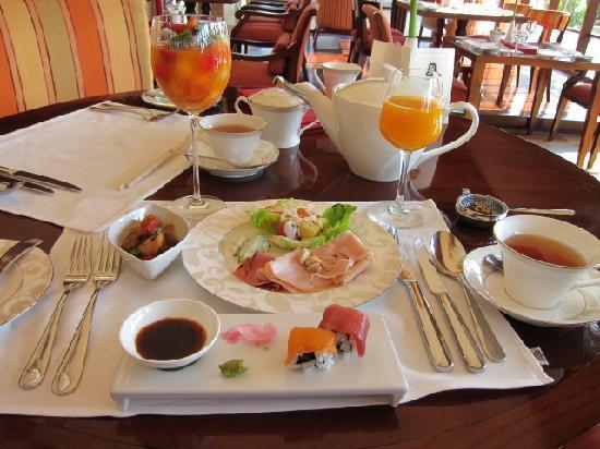 เดอะ เซนต์รีจีส บาหลี รีสอร์ท: 朝食
