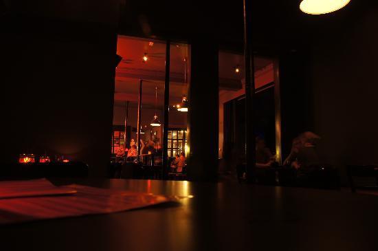 Duke's Corner: Bar