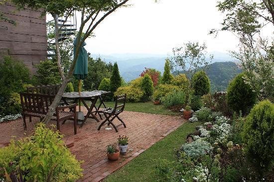 Auberge Feliz: The garden terrace