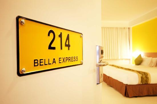 โรงแรมเบลลา เอ็กซ์เพรส: Room 214