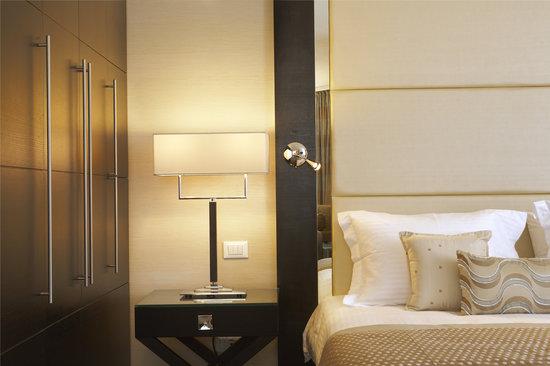 Galaxy Hotel Iraklio: Bedside
