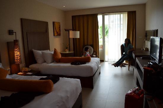 ฮอลิเดย์ อินน์ รีสอร์ท: Superior Room, with 2 queen size bed