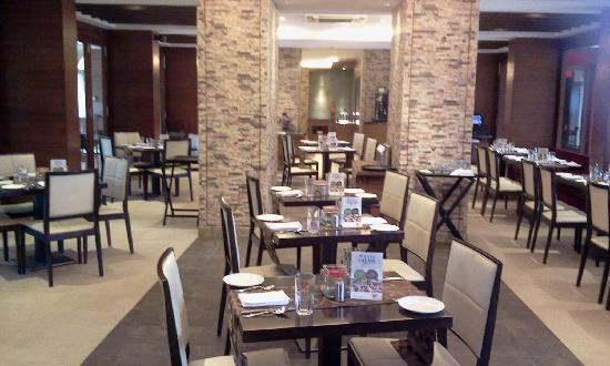 Evershine Keys Prima Resort: Dining Hall