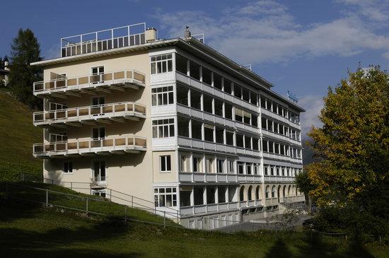 Davos Youth Hostel: Aussenansicht