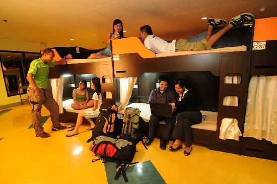 ซักบูเทล เบด แอนด์ บาธ: Business Class Accommodation for as low as 250
