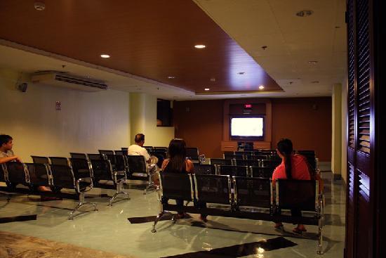 ซักบูเทล เบด แอนด์ บาธ: Dormitory - Entertainment Lounge