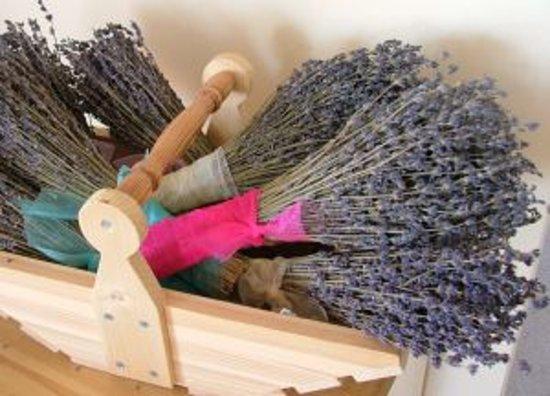 Cheristow Lavender: Lavender gift shop