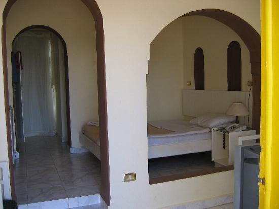 Halomy Hotel: Room 124 - interior