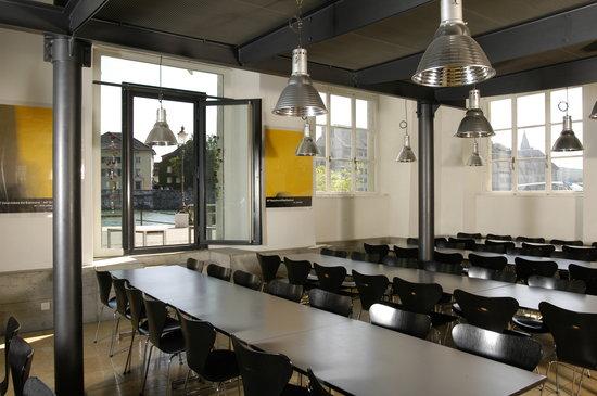 Solothurn Youth Hostel: Speisesaal