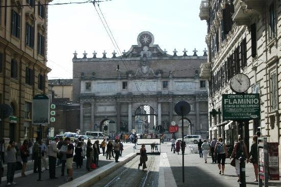 River Palace Hotel: Pic 1 - The Arch to Piazza del Popolo