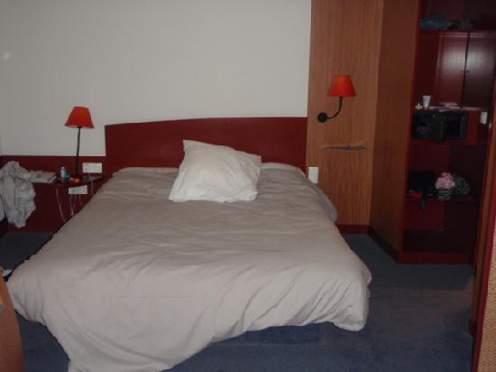 Novotel Suites Cannes Centre: Bed