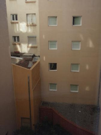 Novotel Suites Cannes Centre: View from window