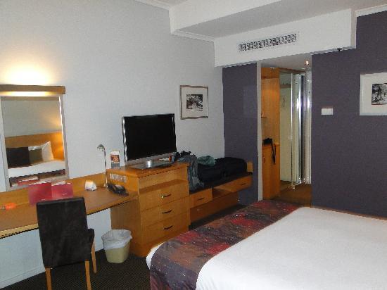 โรงแรมโนโวเทลแลงเกลย์เพิร์ธ: Room view 2