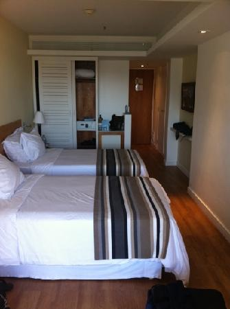 PortoBay Rio Internacional Hotel: Our room on the 18th floor.