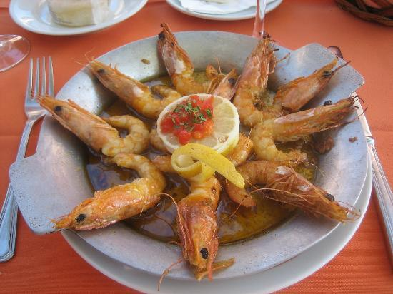Restaurante O Batel: Prawns grilled with garlic