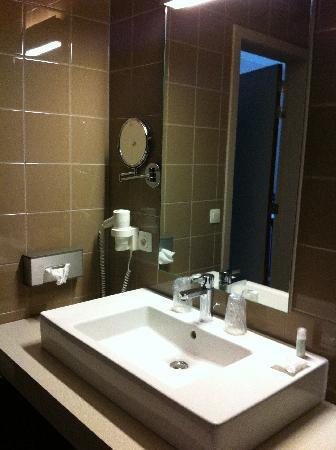 Hotel Gemeente Huis: Badkamer