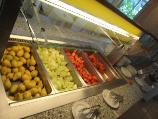 Caravia Beach Hotel: Immer das gleiche frische Obst