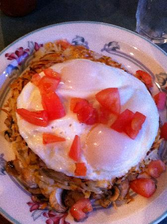 Cafe Garden: Al's Special - that's A LOT of hash browns!