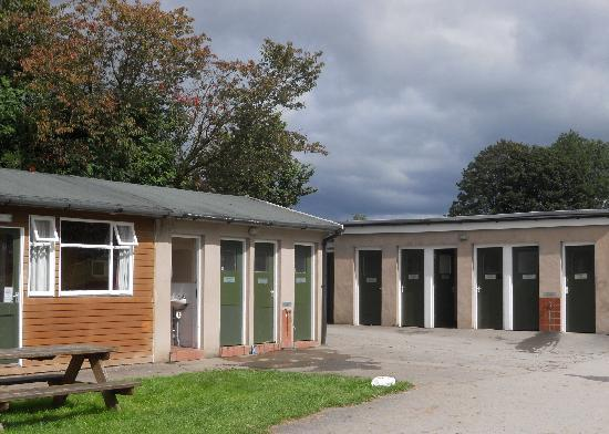 Dalesbridge House: toilet and shower  facillities