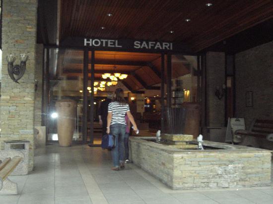 Safari Hotel: Arrival