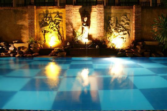 โรงแรมเบลลา วิลล่า พริม่า: Pool