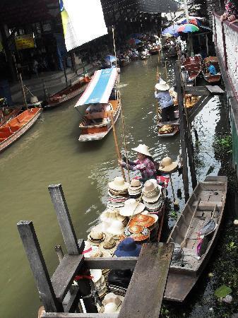 ตลาดน้ำดำเนินสะดวก: Damnoen Saduak Floating Market