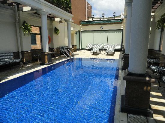เอตัน สมาร์ท ฮ่องกง: Rooftop Pool