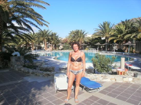 Akti Beach Club Hotel: Top pool