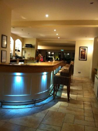Hampshire Hotel: the bar down stairs