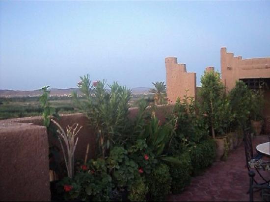 Maison d'hôte La Rose Noire: vue Terrasse coté Sud