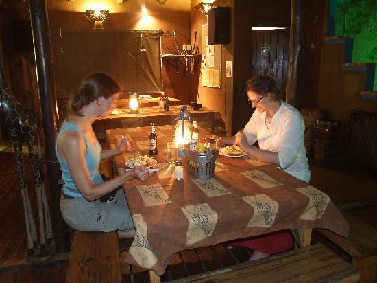 Isinkwe Backpackers Bushcamp: Dinner