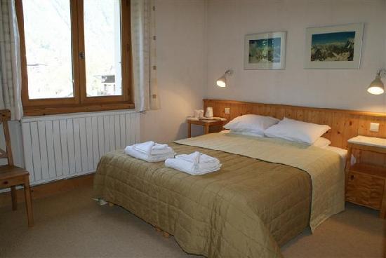 Chalet Blanche bedrooms