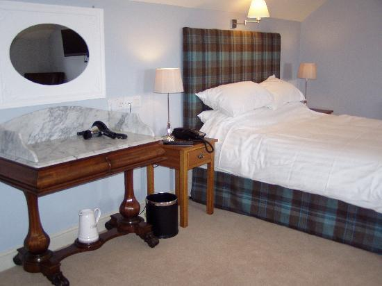 The Coach House at The Pheasant: Capt Oates Bedroom