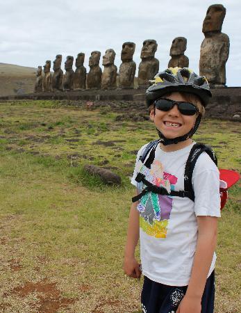Tekarera Kainga Ora & Kainga Nui: our son on our bike ride to Tongariki