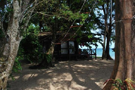 Swiss Cottage Tioman: The Sea View Bungalow